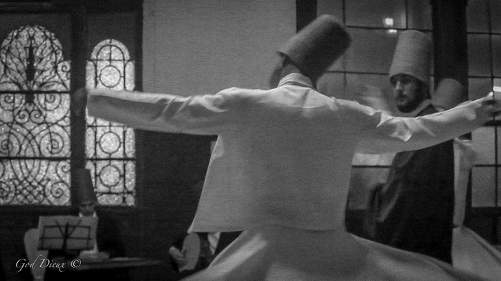 God Dieux Photography of Sufi Dervishes in Istanbul